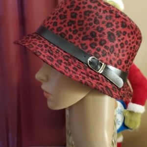 Felt hats in red and cream with black strap/buckl